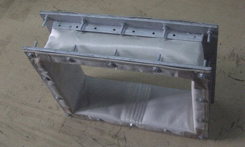 High temperature expansion joints joint